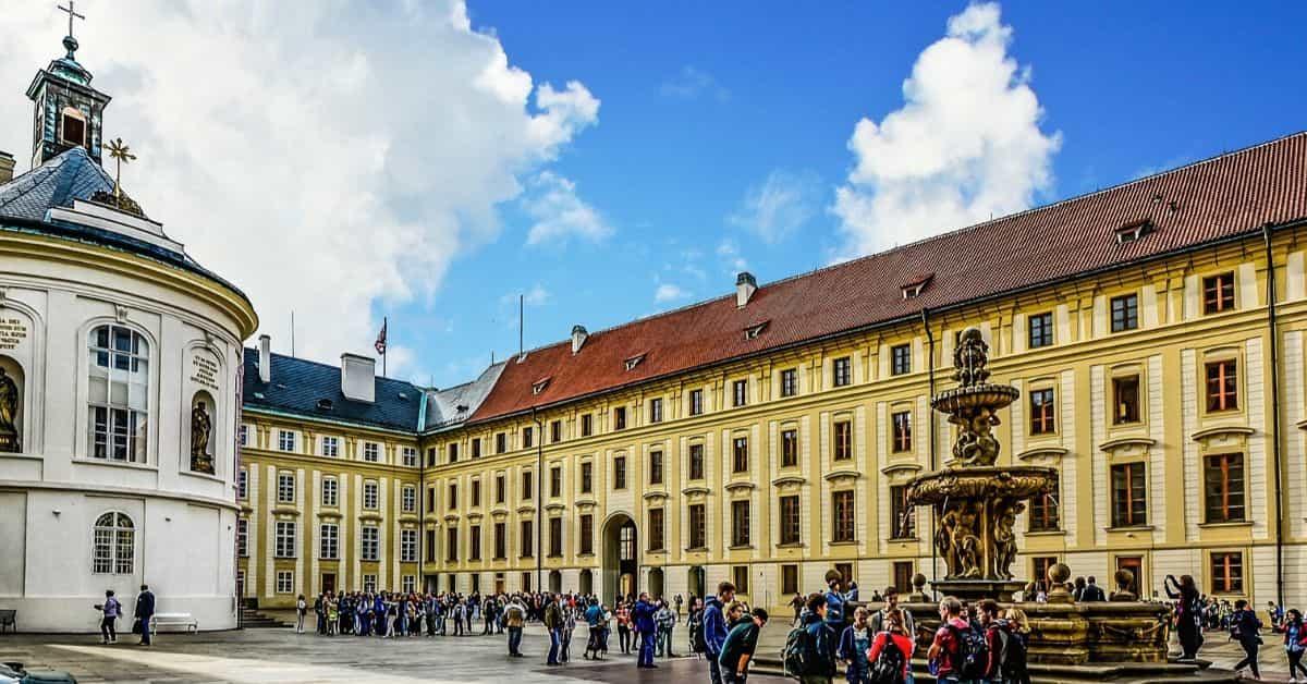 プラハ城|cz-portal.com お出かけ情報